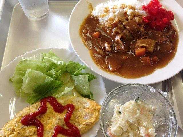 まかない大好評♪お刺身やお蕎麦など新鮮でおいしい食事をいただけます!
