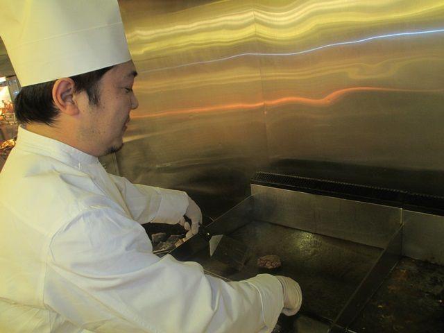 稚内の有名ホテルで洋食調理!