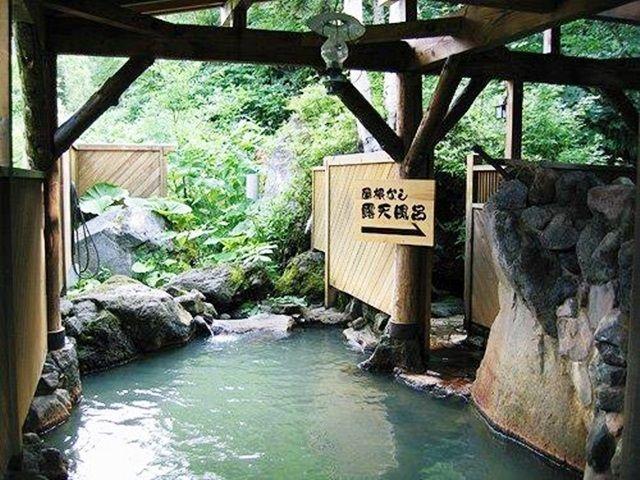 旅館の温泉は、なんと大正3年(1914年)に発見されたもの!!!