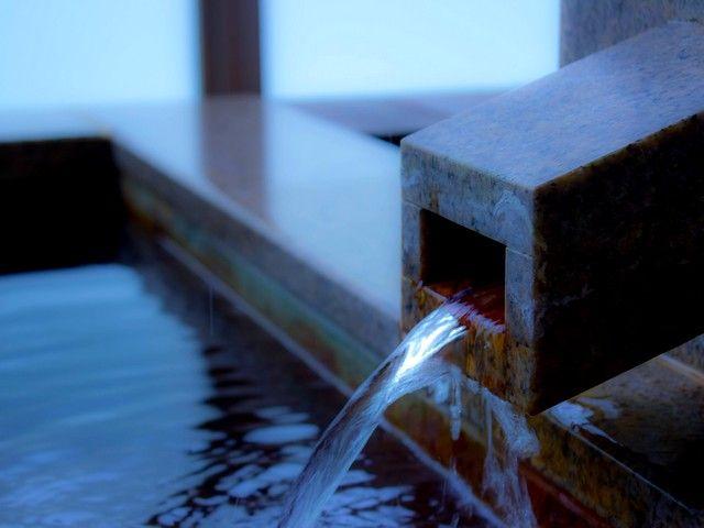 温泉入りたい放題♪箱根は日帰り温泉施設多数!なのでお仕事で疲れた体を癒してくださいね!