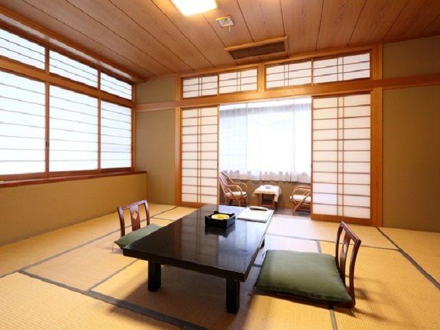 客室はこんな感じです♪お部屋出しもありまーすヾ(=^▽^=)ノ