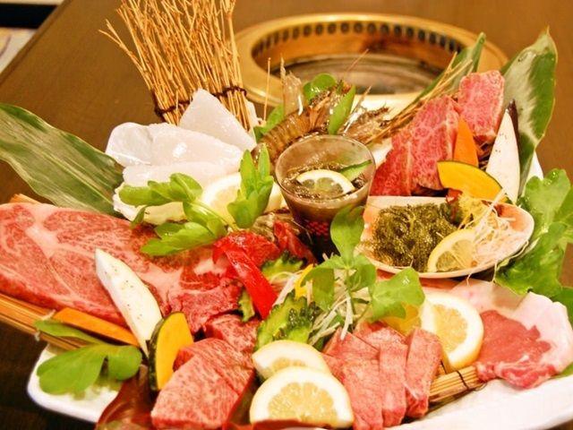 おいしいお肉を提供しています!たまに、まかないで食べれるかも??!!