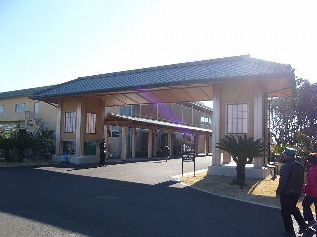 日帰り温泉と宿泊施設とあり、地元の方にも愛される施設です!(^^)!