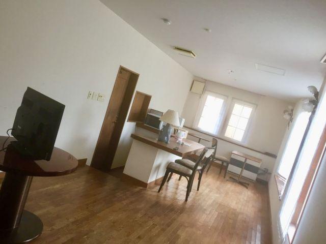 寮(女子寮)の共同スペース。寮は数カ所あります。