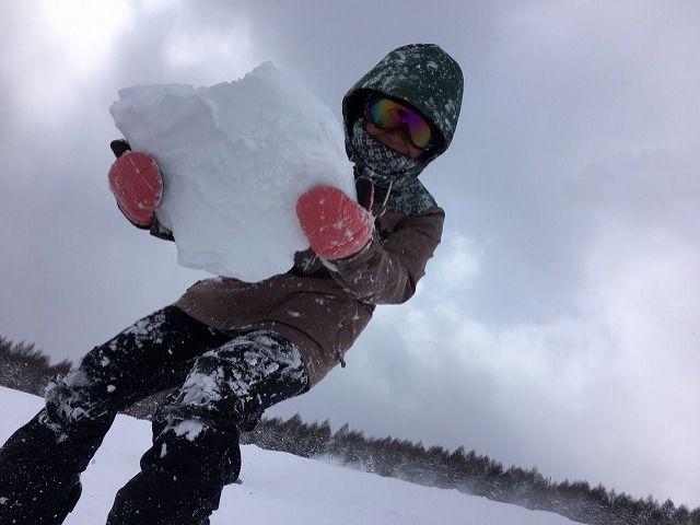 雪だるまつくろ〜♪