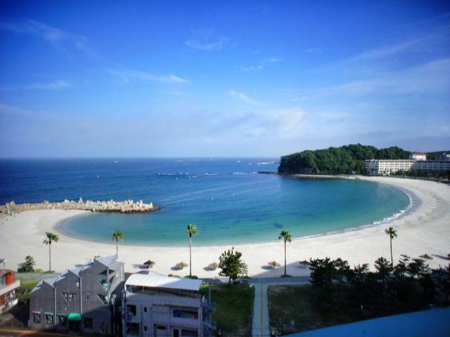 関西随一雄大なビーチ「白良浜」