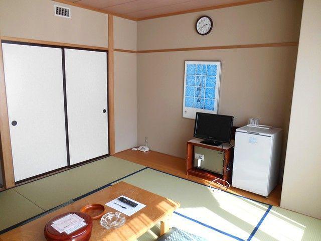 寮は館内の利用となります。広々と充実した環境です。