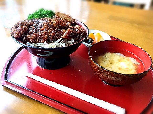 福島名物ソースカツ丼です。