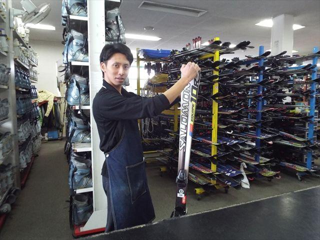 レンタルショップで、板もウェアも無料です!!
