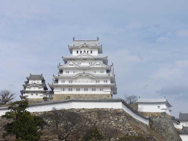 国宝姫路城!!平成の大改装によって、さらに美しさが増した日本3大名城を観光してみませんか?