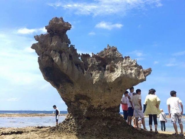 〔近くの観光地〕ハートロック♪車で20分、手前には古宇利島という本島で海が綺麗なスポット
