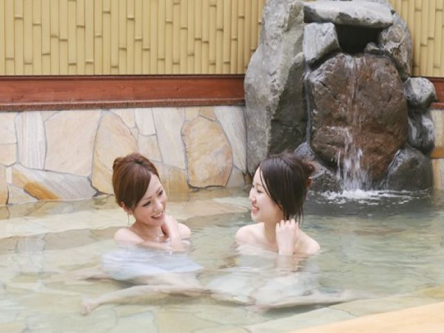温泉で疲れをリフレッシュ!!
