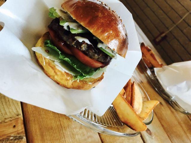 長崎・佐世保と言えばコレ!佐世保バーガー☆お店ごとに特色があるので食べ比べがオススメ!