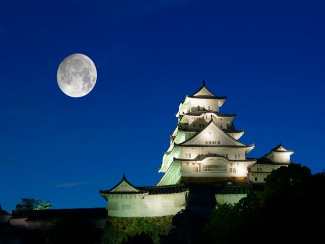 国宝姫路城!!!日本3大名城と呼ばれる国宝のお城です。