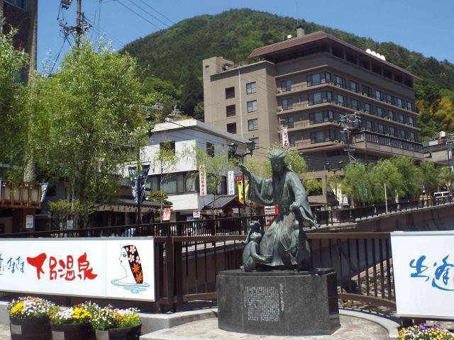 【日本三名泉】足湯スポット約10ヶ所あります!!外国の方も多い地域です☆