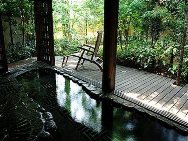 男性寮・ルームシェア寮の場合は温泉は入れます!!!