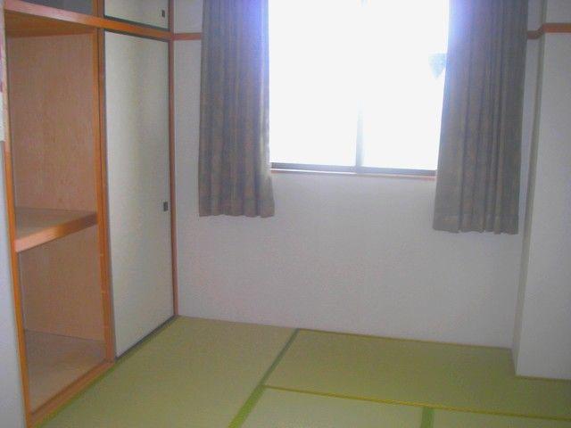 【女性寮内観】館内はとても清潔感があり寮内Wi-fi付、これまでのスタッフからも好評です