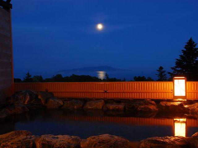 空気が澄んでいるから月夜が綺麗☆冬には満天の星空が見えるんです♪