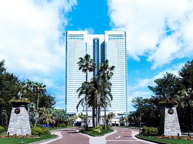 南国ムード溢れる大型リゾートホテル☆