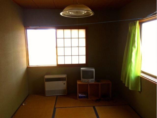 寮は人気の個室寮!6畳の和室はゆったり快適♪