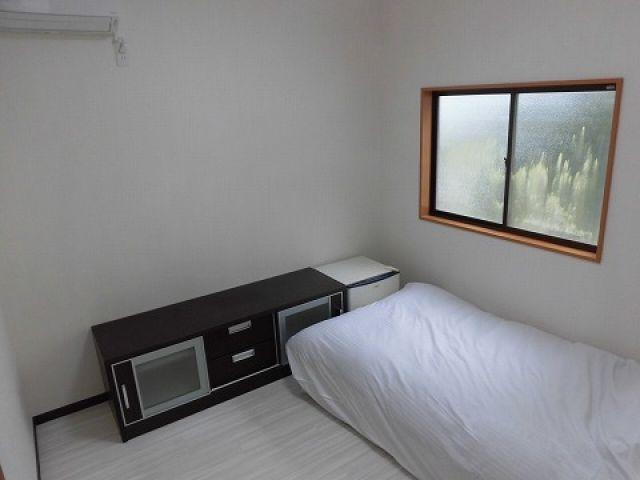 寮のお写真です☆リフォームしたばかりの館内個室寮には自信があります!!【Wi-Fi完備】