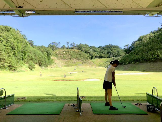ゴルフ練習場も無料で利用できます。