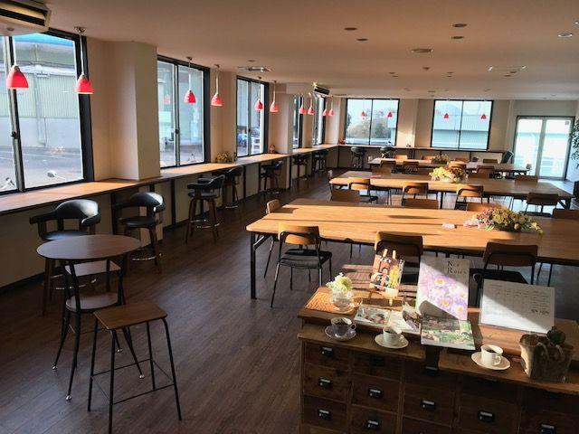 休憩室:事務所にはカフェ風の休憩室や仮眠室がございます!
