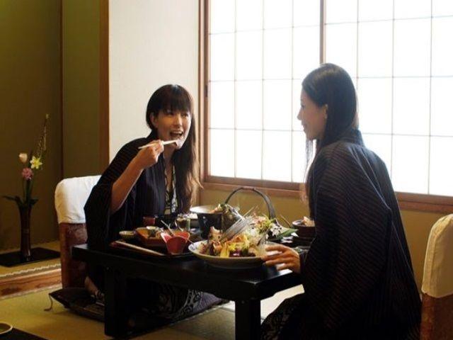 【急募】大人気の三朝温泉!ワンルームタイプの寮で高時給!!