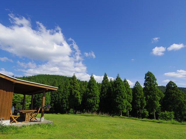 和風旅館のホール業務メインのお仕事!寮は1Rのアパート!1人暮らし気分を味わえます。