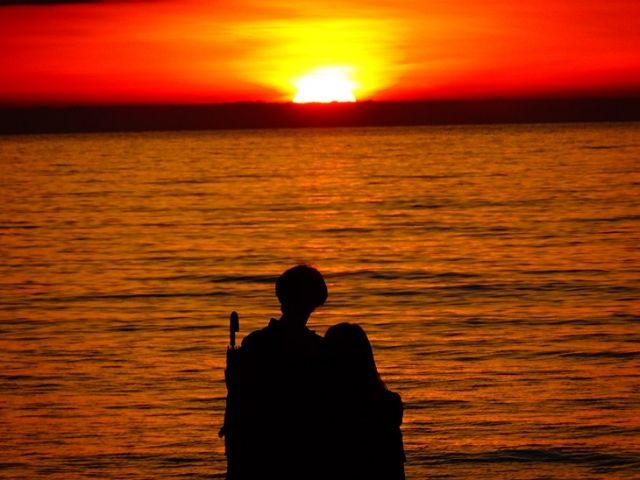 日本海に沈む夕陽はまさに絶景です!