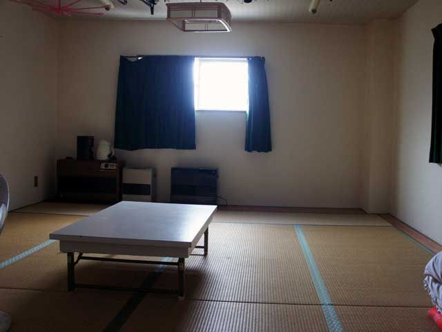 寮の部屋はまるで学生時代の合宿部屋!!みんなでワイワイ楽しく出来ちゃいます!!