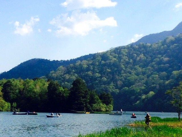 """目の前には""""中禅寺湖""""天気の良い日はロケーション最高です☆☆"""