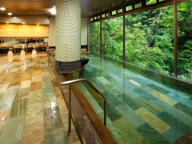 計3種類ある館内温泉は全て入浴可能!!お仕事の疲れは温泉でゆっくり癒して頂けます♪