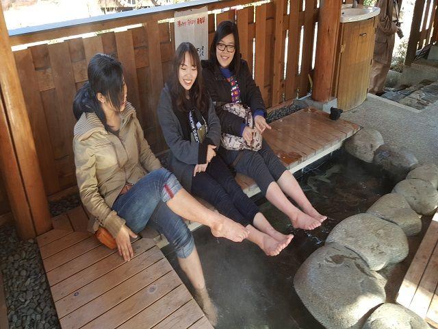 下呂温泉内には足湯もたくさんありますよ!!