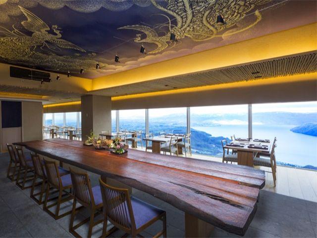 天空にいるような錯覚になる、隠れ家的レストラン