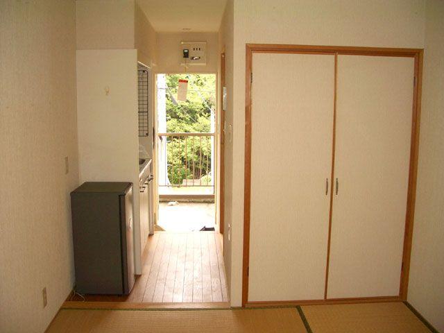 落ち着いた雰囲気の完全個室寮です♪