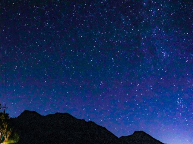 自然いっぱいの高原にあるので、天気の良い日はこんな夜空を独り占め☆