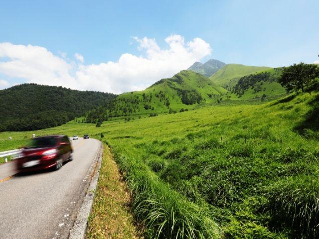 ドライブがオススメ☆九州でもかなり有名なドライブコース「やまなみハイウェイ」!