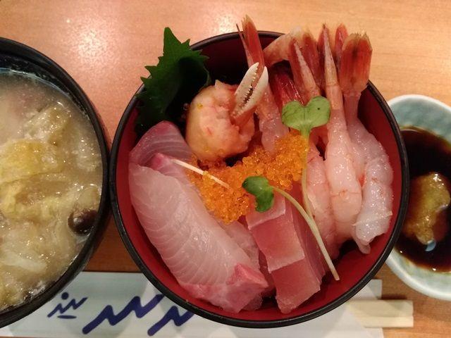 三重県はおいしい食べ物が多いですよ〜
