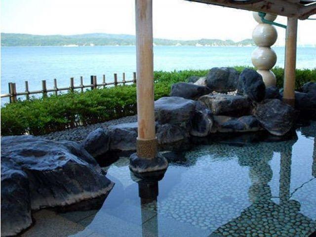仕事の疲れはお風呂でリフレッシュ!!和倉のお湯は最高です!!