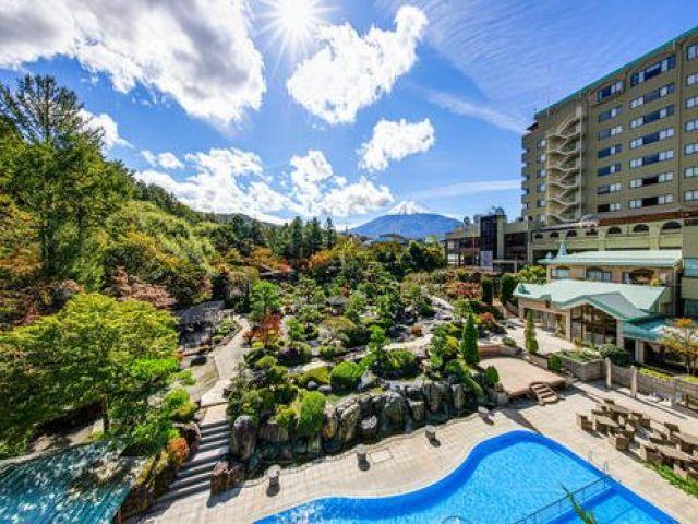 世界遺産「富士山」を一望!山梨を代表するリゾートホテル!!