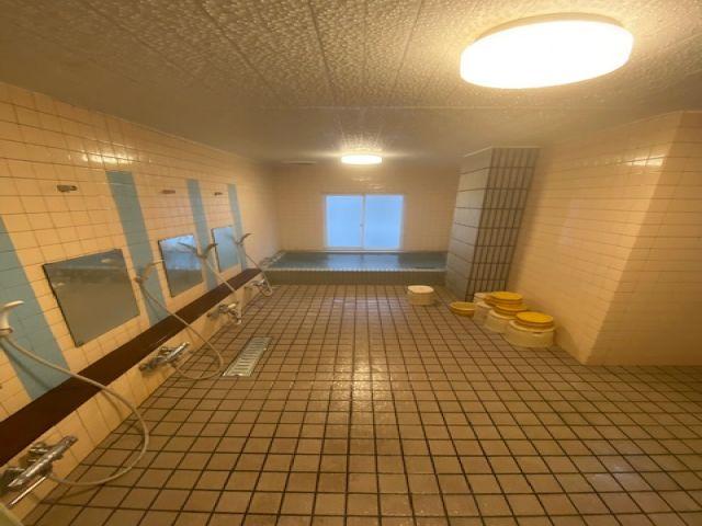 寮内の大浴場です!