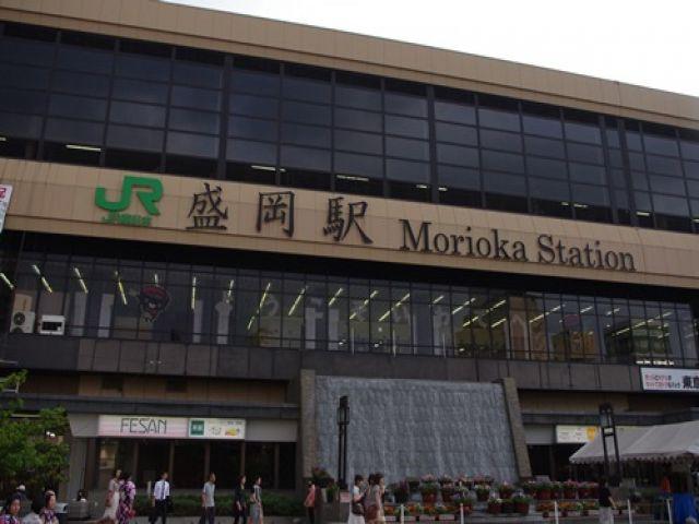 盛岡駅からシャトルバスも運行してますよ〜☆