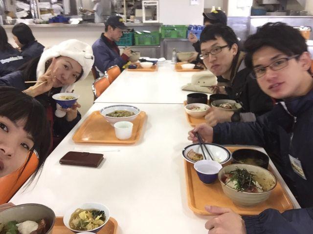 食堂では栄養・ボリューム満点はご飯を食べれます♪メニューも日替わりで満足度高いですよ〜☆