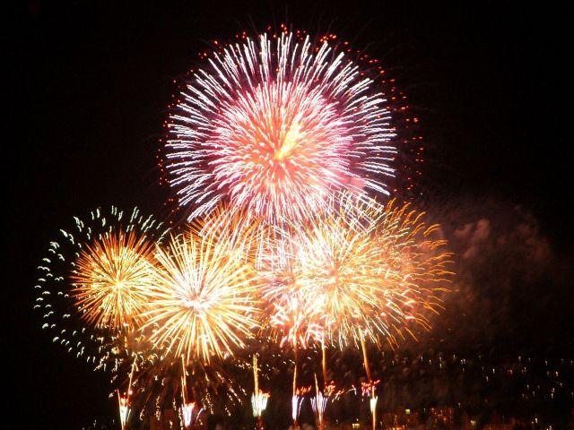 夏場にはきれいな花火が見れます!