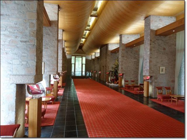 ★シックな雰囲気のホテル館内!!★