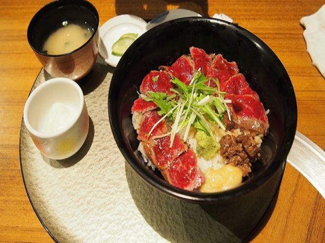 ちょっと足を延ばして阿蘇まで観光に!赤牛丼、絶品です☆