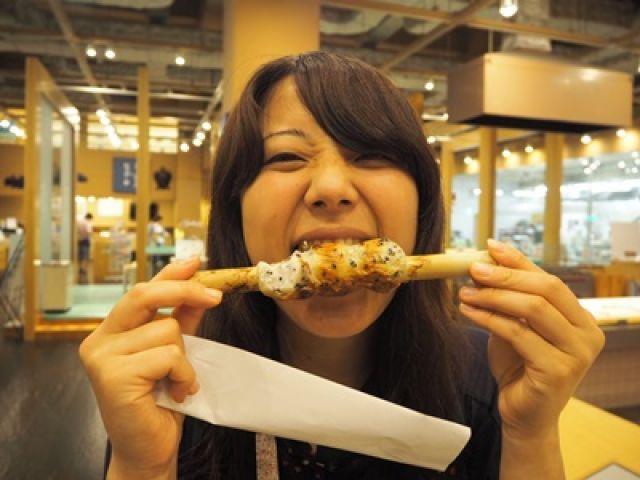 強羅駅からも近い箱根湯本駅周辺の商店街にはおいしいグルメがたくさん♪