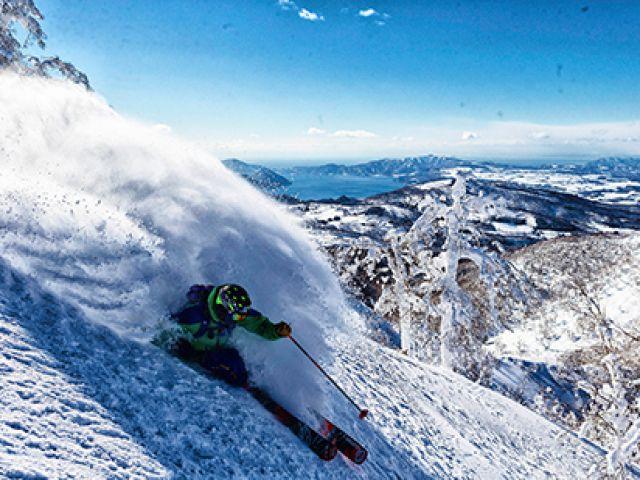 爽快に滑走できるルスツバーンが多くのスキーヤー・スノーボーダーを楽しみに待ちわびています!