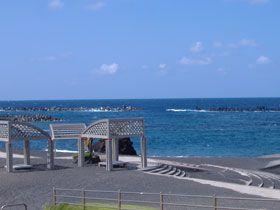 綺麗な海があなたを待っています